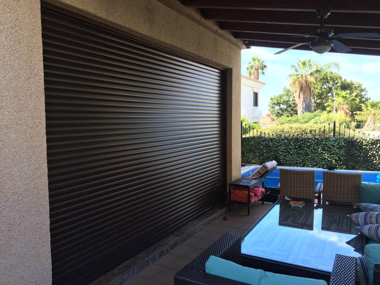 persiana enrollable terraza